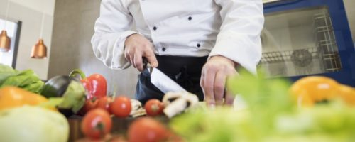 close-up-on-chef-cooking-in-restaurant-kitchen (1)